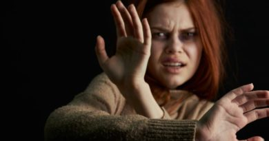 Paura a Pontecagnano, tenta di aggredire moglie: uomo denunciato