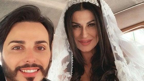 Matrimonio trash tra vedova boss e cantante neomelodico, a Napoli