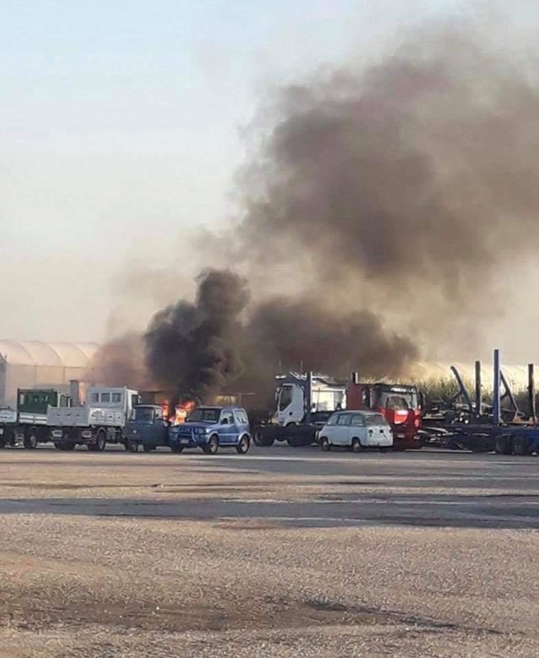 Battipaglia Brucia Ancora Secondo Incendio In 24 Ore Ecco